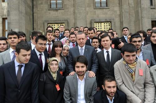 Başbakan ve Gençler Grup Toplantısı1