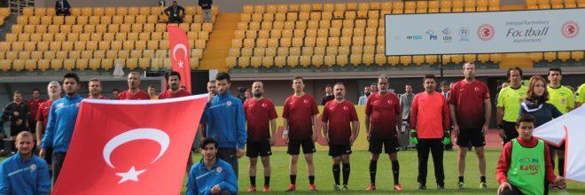 TBMM Parlamenterler Futbol Takımı Şampiyon